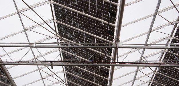 Dachplatte Fur Gewachshauser Integrierten Photovoltaik