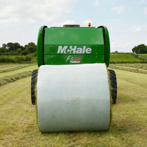 Runde Ballenpresse / Festvolumen F5600 Plus McHale Engineering Ltd.
