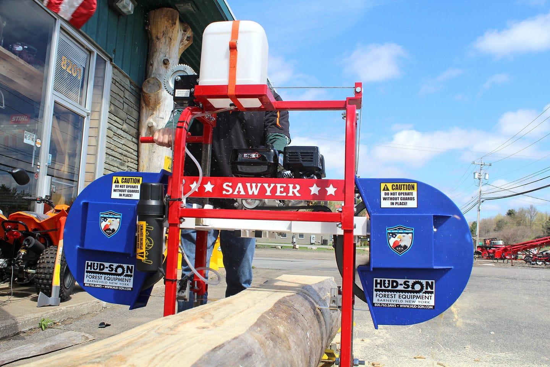 Portable sawmill / gasoline engine - SAWYER - hud-son - Videos