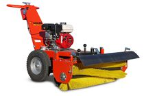 Groundcare sweeper / walk-behind