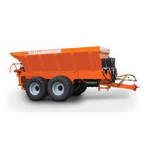 Trailed fertilizer applicator / dry / lime / pneumatic