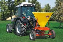 Trailed fertilizer spreader / dry / centrifugal