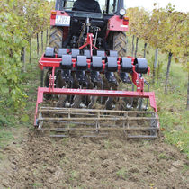 Viticulture field cultivator / mounted / with roller / with disk harrow