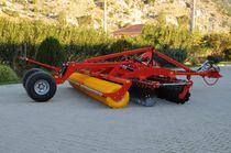 Trailed disc harrow / with roller / depth control
