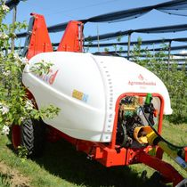 Orchard sprayer / trailed