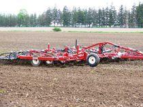 Trailed field cultivator / manual adjustment / folding