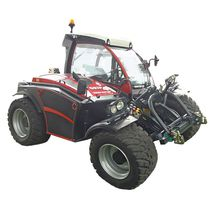Slope tractor / hydrostatic / with cab / compact
