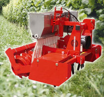 Rotary harrow / with roller