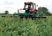 Semi-mounted weed sprayer / folding arms / hooded