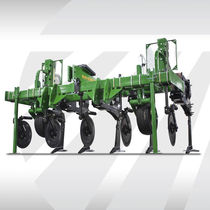 3-shank subsoiler / 3-point hitch / with gauge wheels