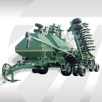 Pneumatic seed drill / trailed / disc / folding