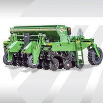 Mechanical seed drill / folding / with fertilizer applicator / compact