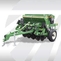 Mechanical seed drill / trailed / compact / disc