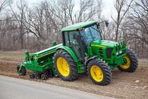 Mechanical seed drill / tractor-mounted / disc / compact
