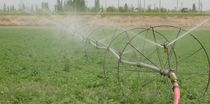 Hose-fed irrigation booms / wheeled / 2-wing