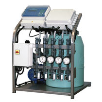 Automatic fertilizer injector