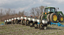 12-row precision seed drill / trailed / folding / strip-till