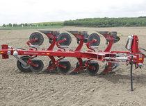 Mounted plow / adjustable-width / reversible