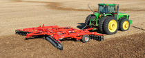 Trailed disc harrow / offset / tandem