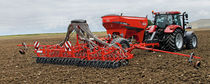 Trailed seed cart / fertilizer / pneumatic
