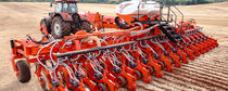 Precision seed drill with fertilizer applicator / trailed / no-till
