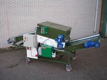Fruit conveyor / for vegetables / belt / mobile