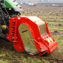 Tractor-mounted stump grinder / PTO-driven