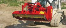 Mounted mulcher / flail / hydraulic / for vineyards