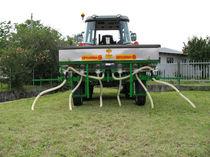 Mounted fertilizer applicator / pneumatic