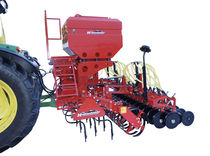 Pneumatic seed drill / tractor-mounted / tine / 3-point hitch