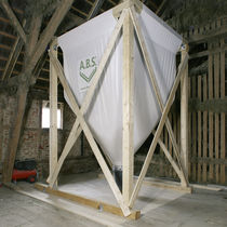 Seeds and grain silo / cone-bottom