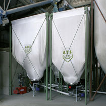 Feed silo / fabric / cone-bottom