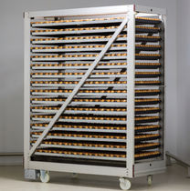 Incubation egg crate / for chicken eggs