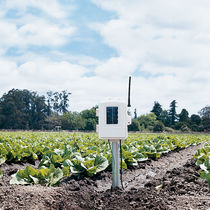 Temperature weather station / soil moisture / solar-powered / wireless