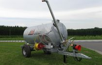 Single-axle water bowser / chassis-mounted