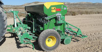 Mechanical seed drill / tractor-mounted / tine / with fertilizer applicator