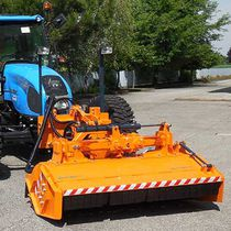 Front-mount mulcher / mounted / PTO-driven
