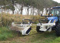 Front-mount mulcher / hydraulic