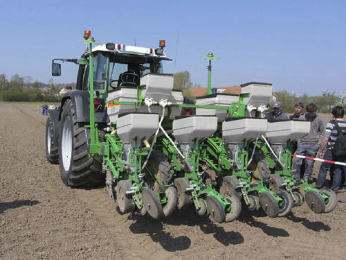 tractor-mounted precision seed drill - SFOGGIA Agriculture Division S.r.l.