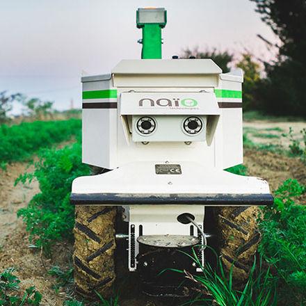 weeding robot - Naïo-Technologies
