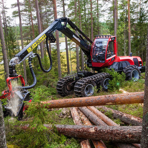 Forestry harvester with crane 931 Komatsu Forest AB