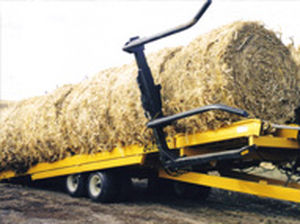 flatbed trailer / tandem axle / agricultural / for bale