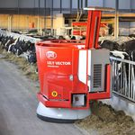 cattle feed distributor / robotic / self-loading / with feed pusher