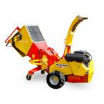wood chipper with combustion engine / portable