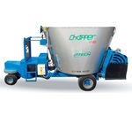 vertical mixing wagon / self-propelled / single-auger / electric motor