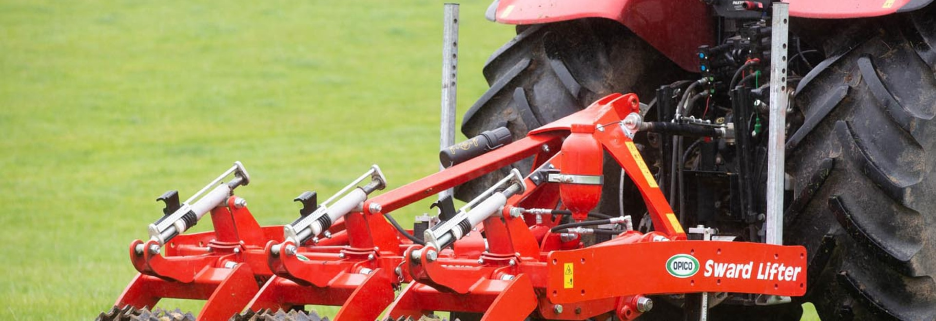 Re-designed Sward-Lifter is stronger and has better stone protection