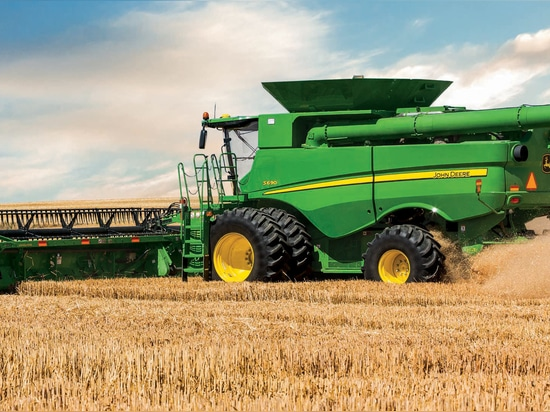 John Deere Introduces New Automated Combines