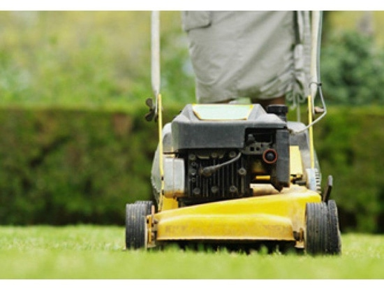 How to get your lawn mower ready in the spring