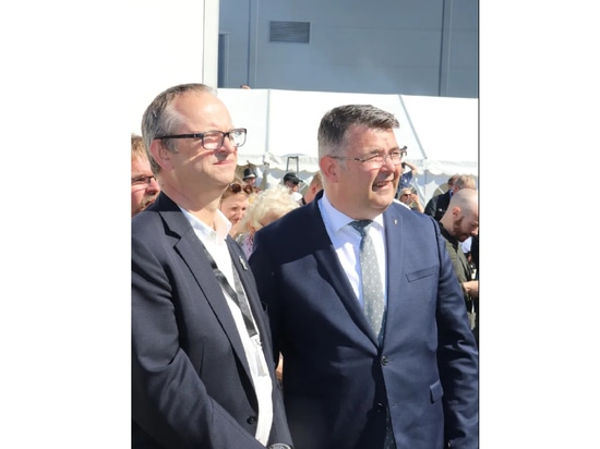 Malcolm Pye, CEO of Benchmark, with Norway's Minister for Oil & Gas Kjell-Børge Freiberg