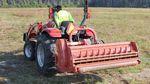 trinciatrice ad asse orizzontale su trattore / a flagelli / su presa di forza / idraulica